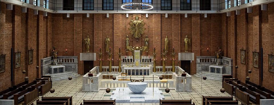 Nejsvětější Srdce Páně Praha interiér kostela